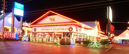 Christmas Outlet