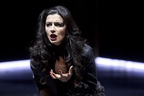 Giuseppina Puinta als Fosca (Photo: Rolf K. Wegst)