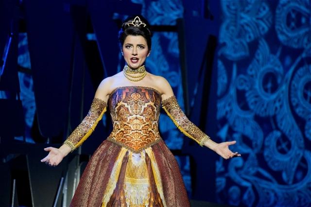 Giuseppina Piunti als Isabella - Auftritte, denen man sich nicht entziehen kann! Foto: Rolf K. Wegst